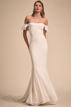40 Beautiful wedding dresses for 40 year old brides ideas 40