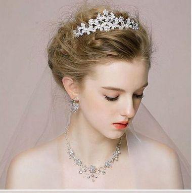 50Best wedding hair accessories ideas 31