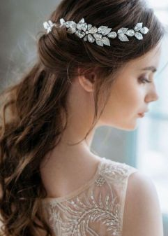 50Best wedding hair accessories ideas 51