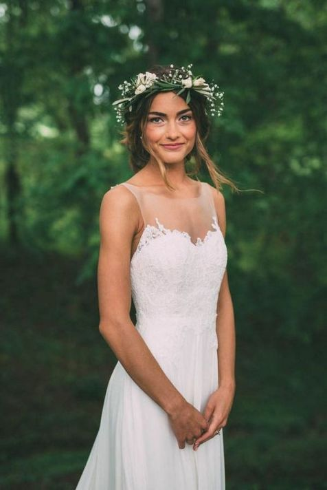 60+Bridal Flower Crowns Perfect for Your Wedding Ideas 12