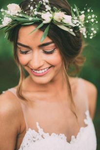 60+Bridal Flower Crowns Perfect for Your Wedding Ideas 22