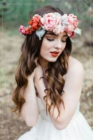 60+Bridal Flower Crowns Perfect for Your Wedding Ideas 29