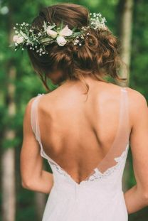 60+Bridal Flower Crowns Perfect for Your Wedding Ideas 3