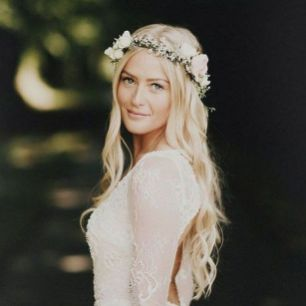 60+Bridal Flower Crowns Perfect for Your Wedding Ideas 40
