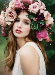 60+Bridal Flower Crowns Perfect for Your Wedding Ideas 42