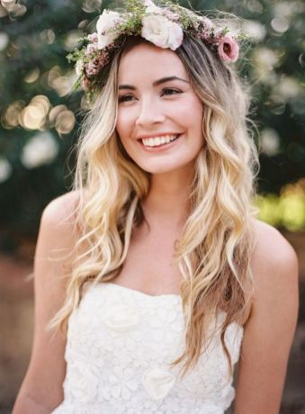 60+Bridal Flower Crowns Perfect for Your Wedding Ideas 44