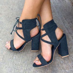 70+ Best Ankle Strap Sandals for Women Ideas 34