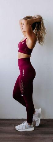 Beautiful yoga pants outfit ideas 13
