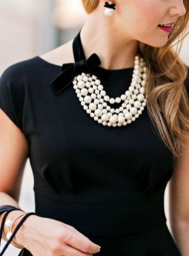 Great Pearl Necklace Outfit Ideas 70+ 14