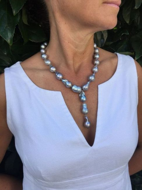 Great Pearl Necklace Outfit Ideas 70+ 19