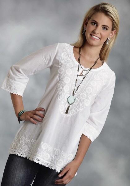 20 White Tunic Shirts for Women 12