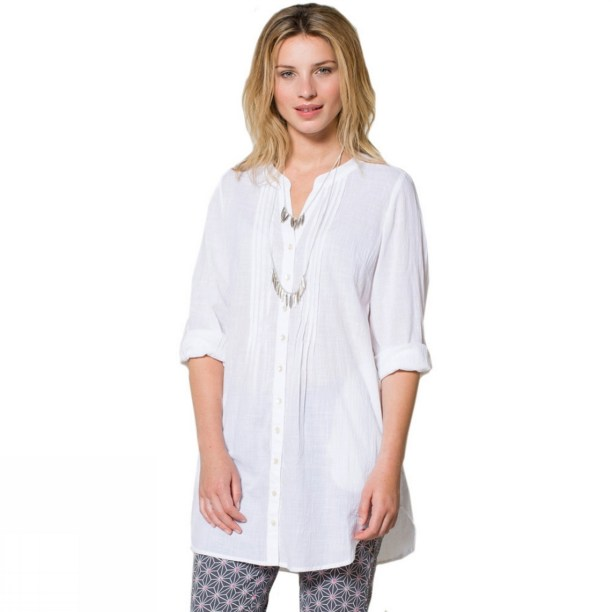 20 White Tunic Shirts for Women 7