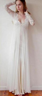 27 Simple White Long Sleeve Wedding Dresses ideas 17