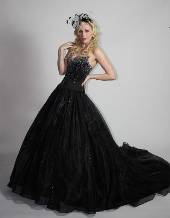 30 Black Long Sleeve Wedding Dresses ideas 8 1