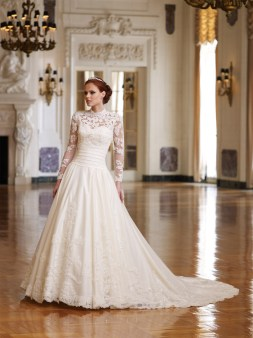 40 High Low Long Sleeve Modern Wedding Dresses Ideass 15