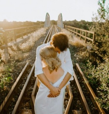 40 Romantic weddings themes ideas 19