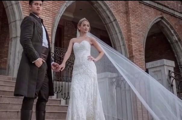 40 Romantic weddings themes ideas 22