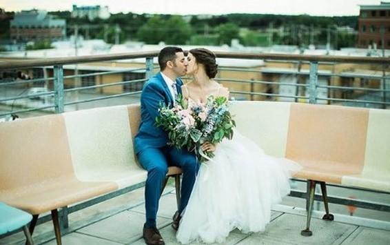 40 Romantic weddings themes ideas 38
