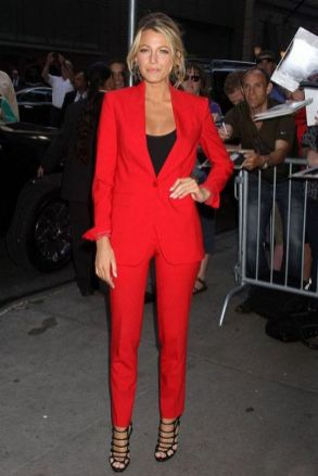 40 Womens red blazer jackets ideas 13