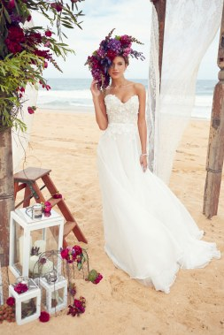 50 simple and sexy wedding dresses for the beach 15