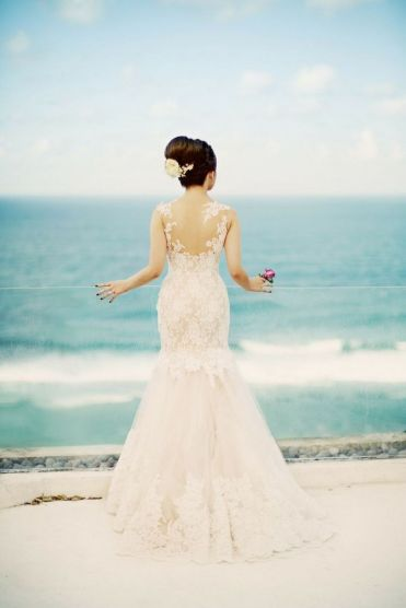 50 simple and sexy wedding dresses for the beach 18