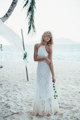 50 simple and sexy wedding dresses for the beach 31