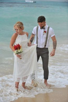 50 simple and sexy wedding dresses for the beach 35