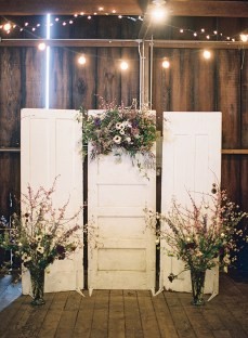 Creative And Fun Wedding day Reception Backdrops You Like Ideas 43