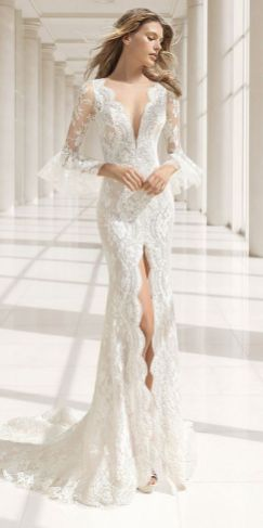 Embellished Wedding Gowns Ideas 31