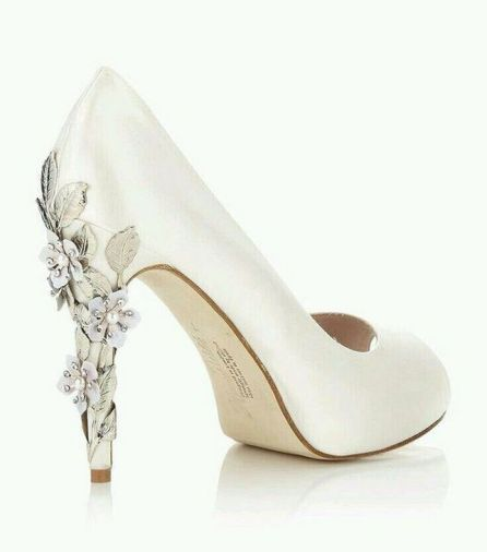Floral Wedding Shoes Ideas You Never Seen Before 14