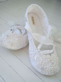 Floral Wedding Shoes Ideas You Never Seen Before 9