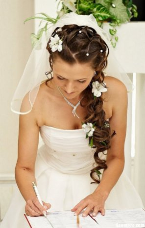 Hairstyles for long hair at wedding Ideas 1