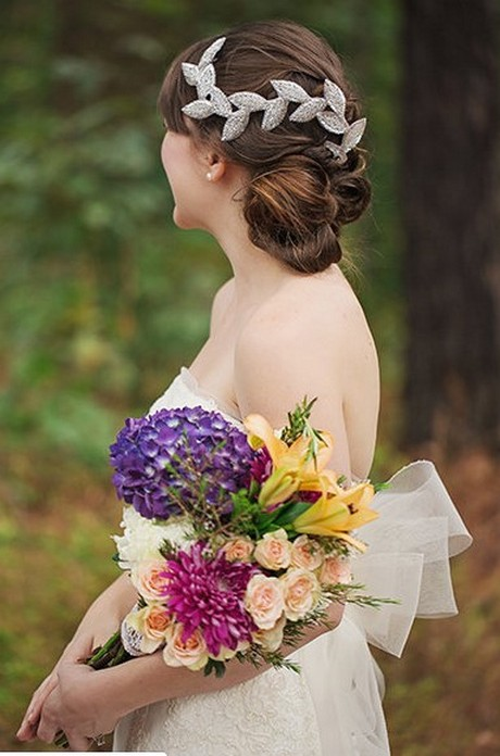 Hairstyles for long hair at wedding Ideas 38