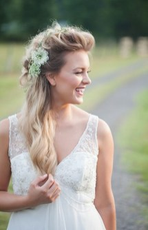 Hairstyles for long hair at wedding Ideas 43