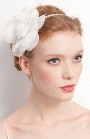 Soft and Romantic wedding makeup looks for fair skin 16
