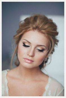 Soft and Romantic wedding makeup looks for fair skin 23