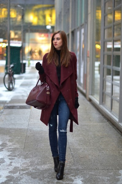 World of jeans cute winter outfits ideas 13
