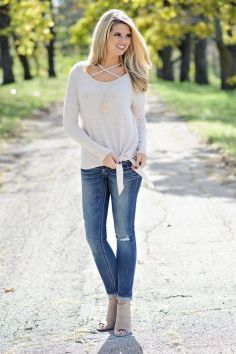 World of jeans cute winter outfits ideas 43