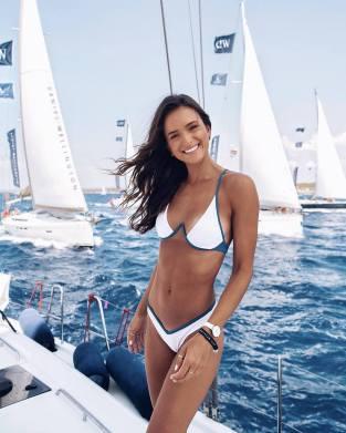 100 Ideas Outfit the Bikinis Beach 35