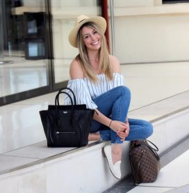 30 Comfortable and Charming Clothing ideas for sightseeing 38
