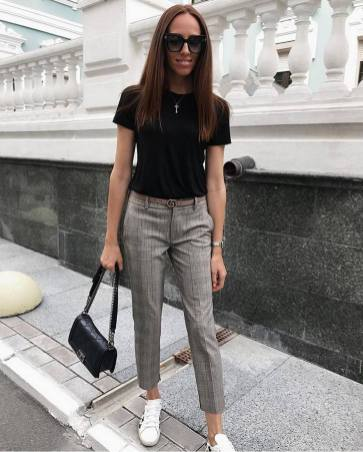 30 Simple Outfit Ideas for women 26