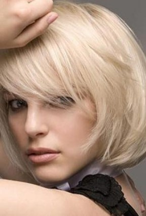 40 Bangs Hairstyles You Need to Try Ideas 29