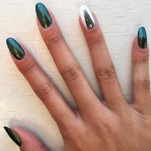 40 Chic Green Nail Art Ideas 23 1