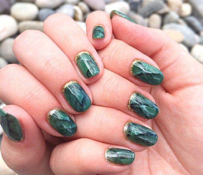 40 Chic Green Nail Art Ideas 38