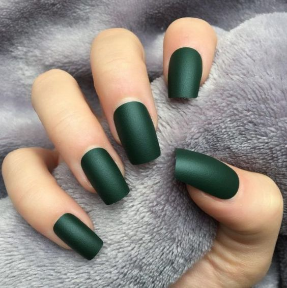 40 Chic Green Nail Art Ideas 42