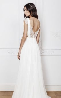 40 Deep V Open Back Wedding Dresses Ideas 9