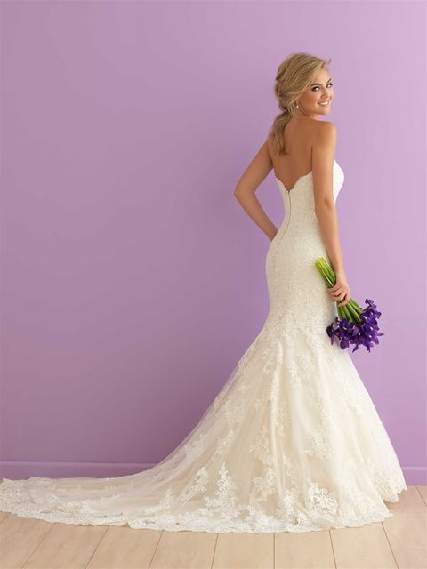 40 Fit and Flare With Long Train Wedding Dresses Ideas 13