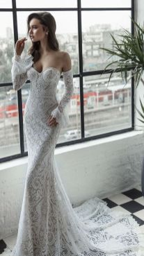 40 Fit and Flare With Long Train Wedding Dresses Ideas 15