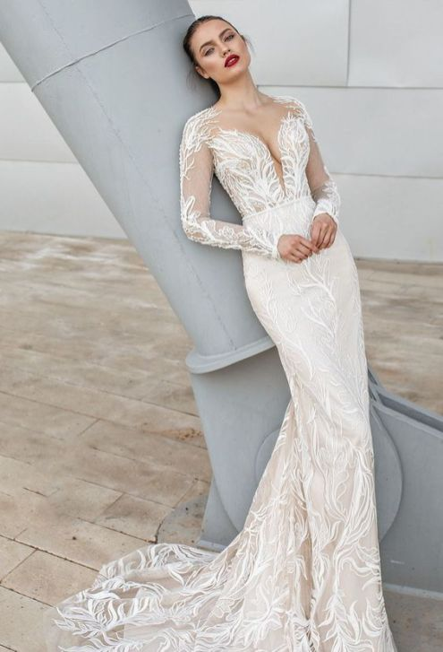 40 Fit and Flare With Long Train Wedding Dresses Ideas 45
