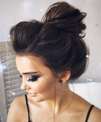 40 High Messy Bun Hairstyles Ideas 14